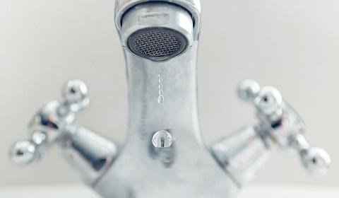 destascos y fontaneros urgentes bilbao barakaldo